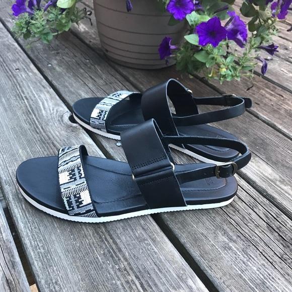 d474f0e5e98d Teva Avalina Sandal in Inca Black Womens size 8.5